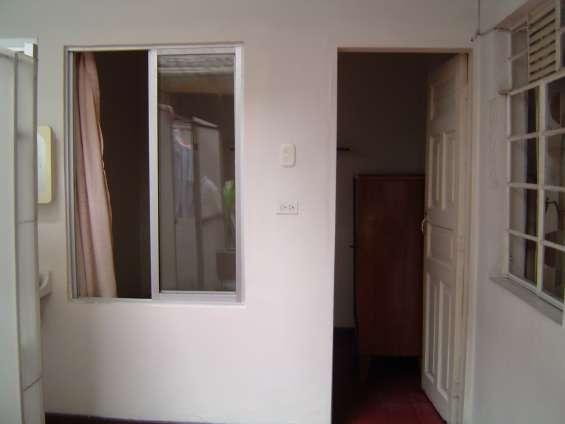 20210125, alcoba grande, baño privado, casa bien iluminada